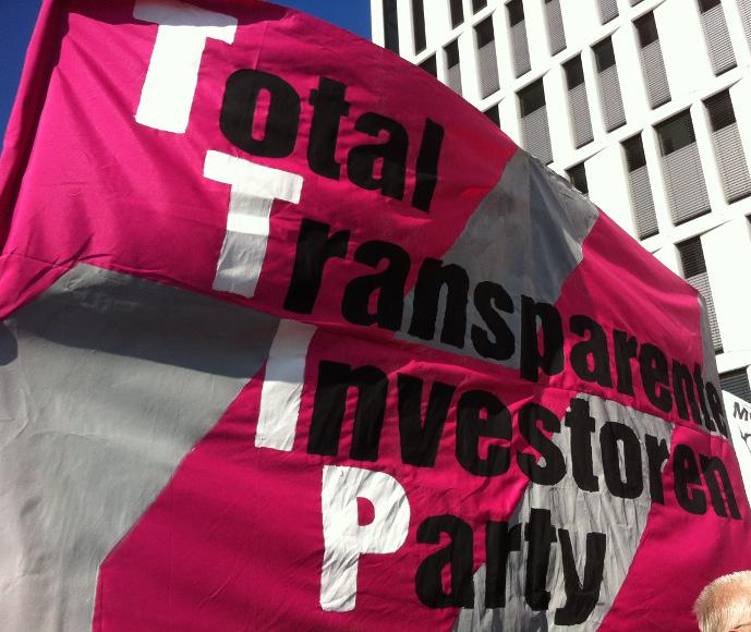 Unser Transpi zurr TTIP-Demo